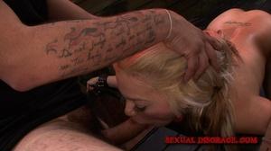 Sex machine and real male cock help blon - XXX Dessert - Picture 7