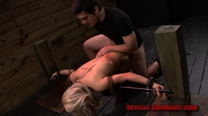 Sex machine and real male cock help blon - XXX Dessert - Picture 12