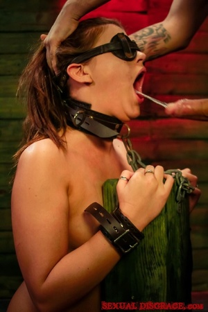 Strong man drills the throat of blindfol - XXX Dessert - Picture 12
