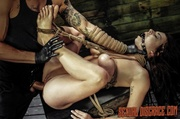 bdsm sexo miracles featuring