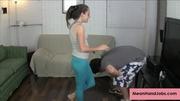 babe leggings uses her