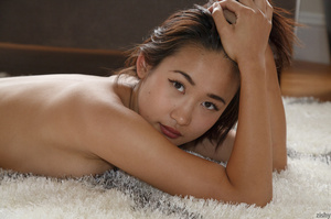 Smoking hot Asian chick with luscious bo - XXX Dessert - Picture 2