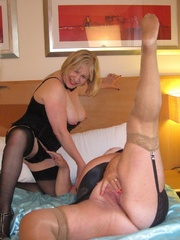 two mature hotties makes