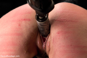 Little tits doll gets her pussy stretche - XXX Dessert - Picture 11