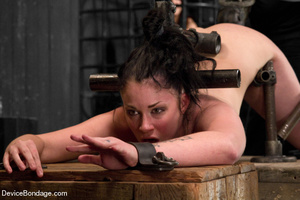 Hot tiny tits brunette vibrated in metal - XXX Dessert - Picture 10