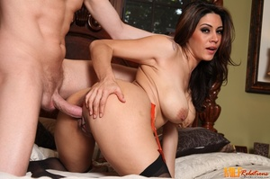 Luscious brunette with big soggy breasts - XXX Dessert - Picture 2