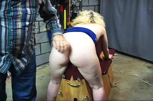 Blonde dame gets stimulated vagina with  - XXX Dessert - Picture 14