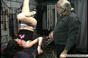 Bitch lets elder master fuck her after e - XXX Dessert - Picture 1