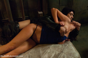 Slutty stunner roped and rammed from the - XXX Dessert - Picture 4