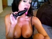 smoking hot babe seduces
