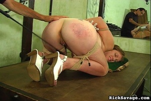 Master gives a nasty clit treatment to h - XXX Dessert - Picture 3