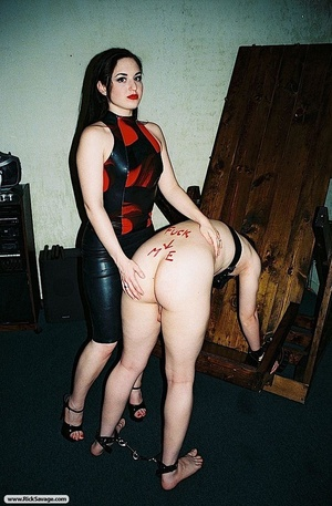 Lucky dude gets wrapped and teased by a  - XXX Dessert - Picture 8