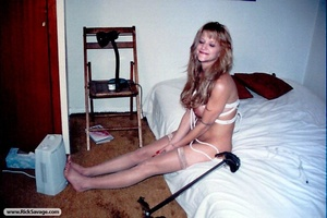 Sexy blonde bimbo likes to get tied up i - XXX Dessert - Picture 8