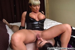Busty blonde MILF gets her butthole and  - XXX Dessert - Picture 5