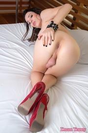 slim shemale posing sexy