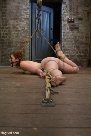 Red haired slave gets fisted in suspensi - XXX Dessert - Picture 7