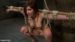 Gorgeous redhead fisted deeply in suspen - XXX Dessert - Picture 8