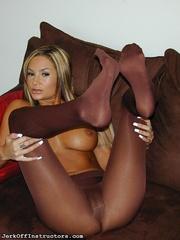 brown tights and big
