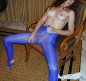 Foxy lovely with carefully shaved pussy and blue tights