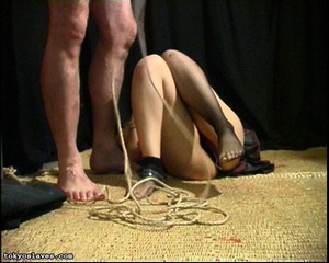 Japanese lady in bondage gets her pussy  - XXX Dessert - Picture 11