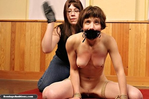 Short haired bitch used so well by her n - XXX Dessert - Picture 4