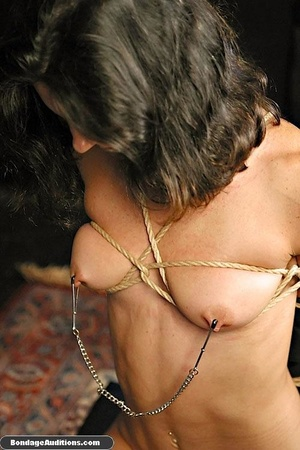 Bondage model gets two dildos up her smo - XXX Dessert - Picture 4