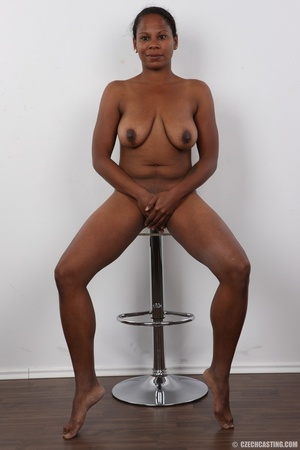 Ebony miss with floppy tits has an aesth - XXX Dessert - Picture 20
