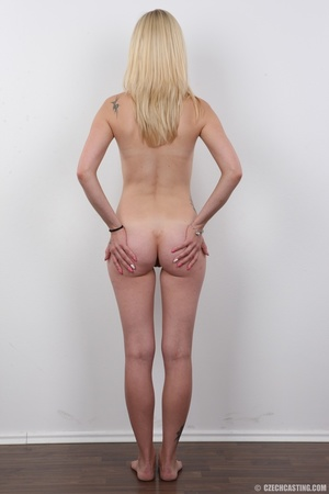 Blonde with a few tattoos has soft, stra - XXX Dessert - Picture 16