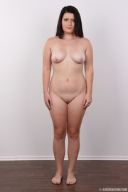 curvy lass with long