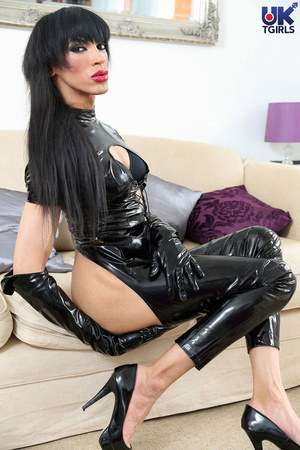 Tranny Mistress in a hot black bodysuit  - XXX Dessert - Picture 1