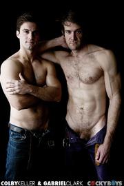 muscular dudes strip down