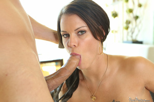 Busty raven haired woman in high heels g - XXX Dessert - Picture 10