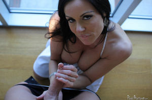 Raven haired MILF gets her sweet cunt li - XXX Dessert - Picture 4