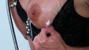 Curvy blonde lady takes a bath and enjoy - XXX Dessert - Picture 3