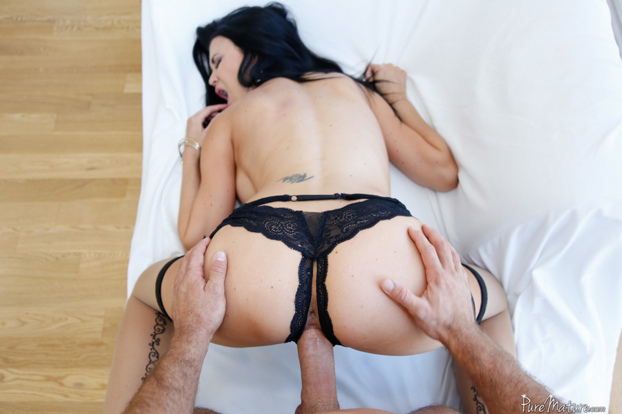Tnt mature hairy action porn videos