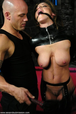 Bald master shares his sexual experience - XXX Dessert - Picture 2