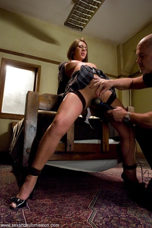 Bedroom becomes the place of domination  - XXX Dessert - Picture 4