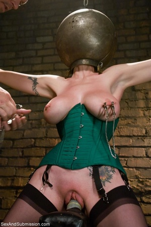 Redhead with awesome forms becomes the s - XXX Dessert - Picture 10