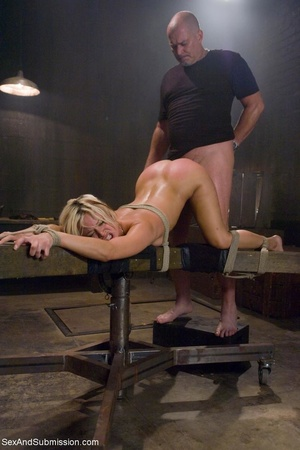 Dominant male uses ropes and black vibra - XXX Dessert - Picture 13