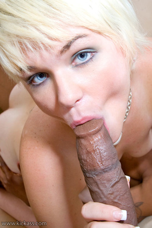 Short hair blonde slut in colorful linge - XXX Dessert - Picture 13