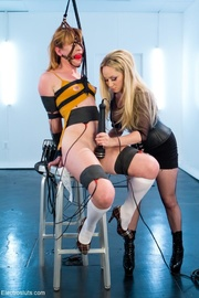 ball-gagged babe head restraint