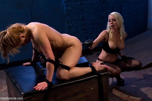 Domme in black leather gloves gives it t - XXX Dessert - Picture 14