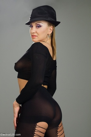 Bossy Domme in a black fedora lays down  - XXX Dessert - Picture 6