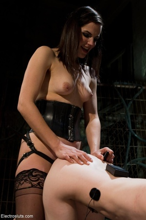 Radiant Domme in black stockings likes s - XXX Dessert - Picture 9