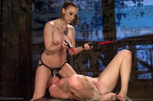 Slut on a Saint Andrews cross is made to - XXX Dessert - Picture 17