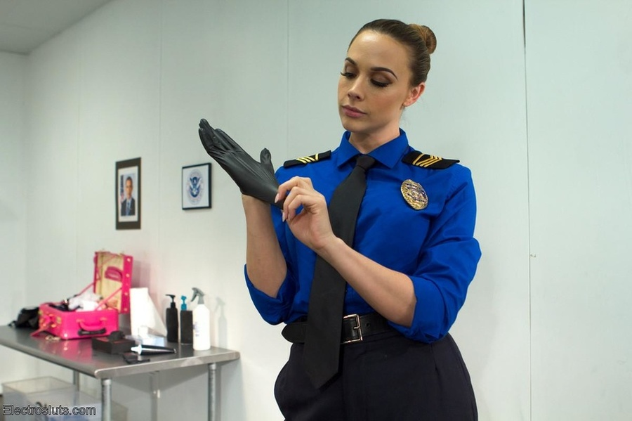 Showing porn images for female sentry porn