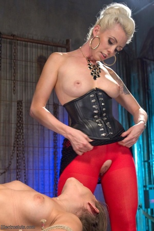 Electro-sex and a fake black cock keep a - XXX Dessert - Picture 10
