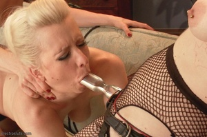 Filly is flogged after her pussy is stre - XXX Dessert - Picture 16