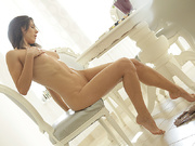 hot shaped brunette sexy
