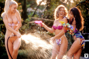 Three hotties showing off and getting so - XXX Dessert - Picture 8